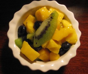 Mangoes, Kiwi and Blueberries with Lime